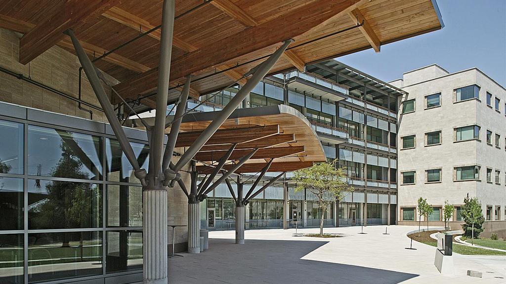 UC San Diego Bio-Medical Research Lab